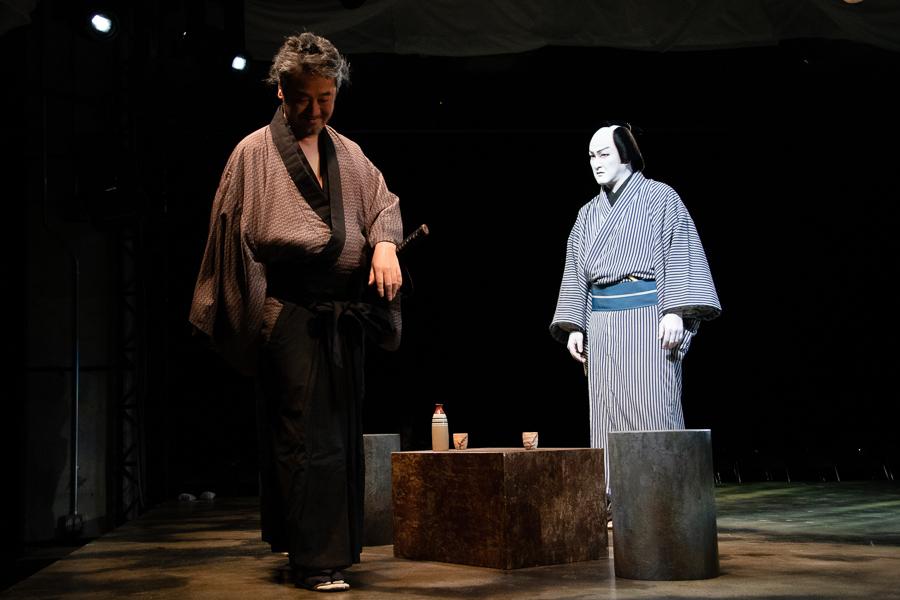 赤堀も佐藤小兵衛役で出演。穏やかさの中に、凄みを感じさせる。