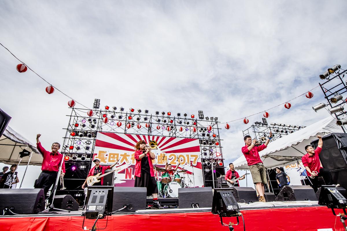 大阪紅牛會 Photo by青木カズロー