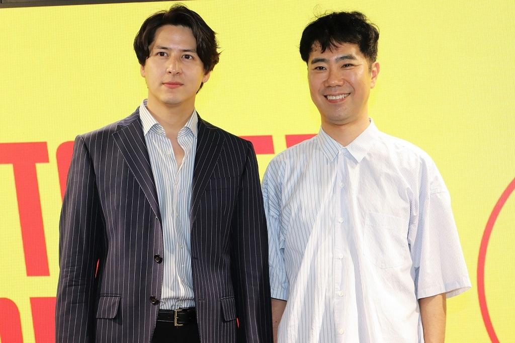 左から、伊礼彼方、藤井隆