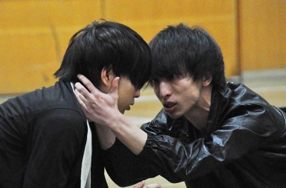 (左から)松井勇歩、三好大貴