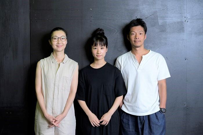 左から村岡希美、藤間爽子、伊達暁(撮影:コスガ聡一)