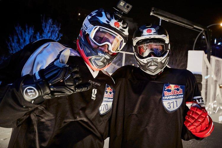 日本人ライダーの2人で、最強兄弟の異名を持つ安床兄弟(安床栄人・武士) (c) Andreas Langreiter / Red Bull Content Pool