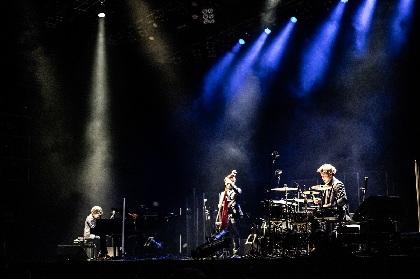 """""""いま""""のfox capture planサウンドが届けられた『CAPTURISM TOUR』ファイナル公演をレポート"""
