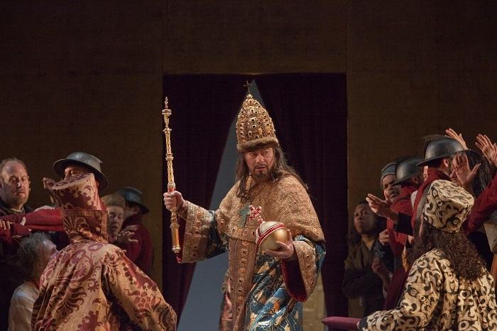 『ボリス・ゴドゥノフ』 (c)Ken Howard/Metropolitan Opera