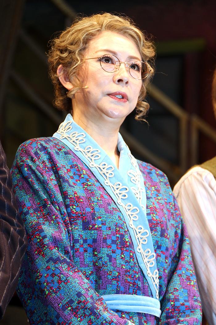 秋山菜津子 ミュージカル『キャバレー』