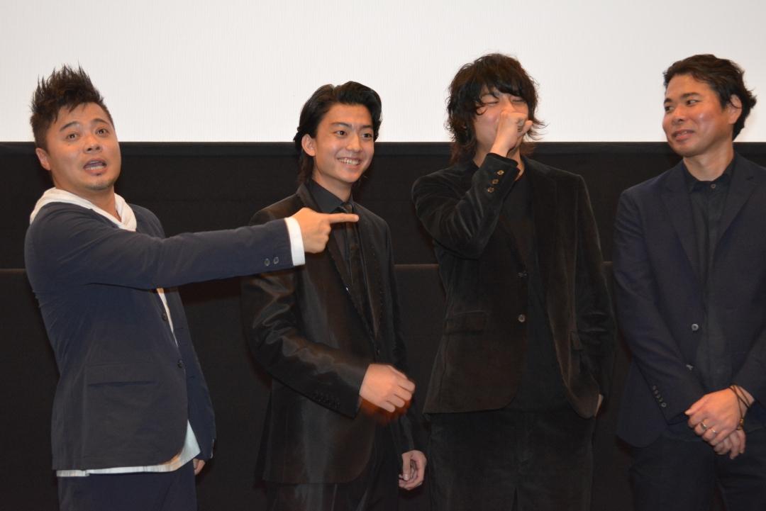 左から、佐田正樹、健太郎、カナタタケヒロ(LEGO BIG MORL)、山口義高監督