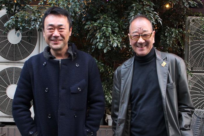 戌井昭人(左)と流山児祥