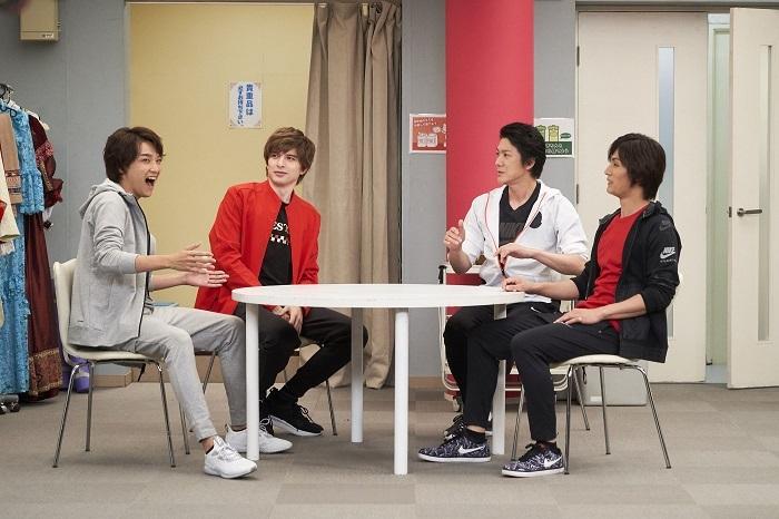 (左から)井上芳雄 城田優 吉野圭吾 加藤和樹