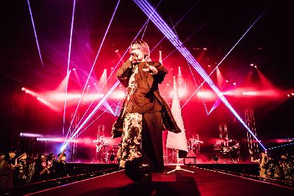 あらき「いつだって今を生きてください」 孤高のロックシンガーがツアー初日・豊洲PIT公演で見せたものとは