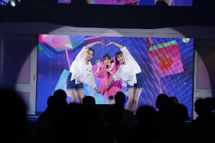 鬼頭明里が「紅蓮華」をカバー 1st LIVE TOUR大阪公演のセットリスト&オフィシャルレポートが到着