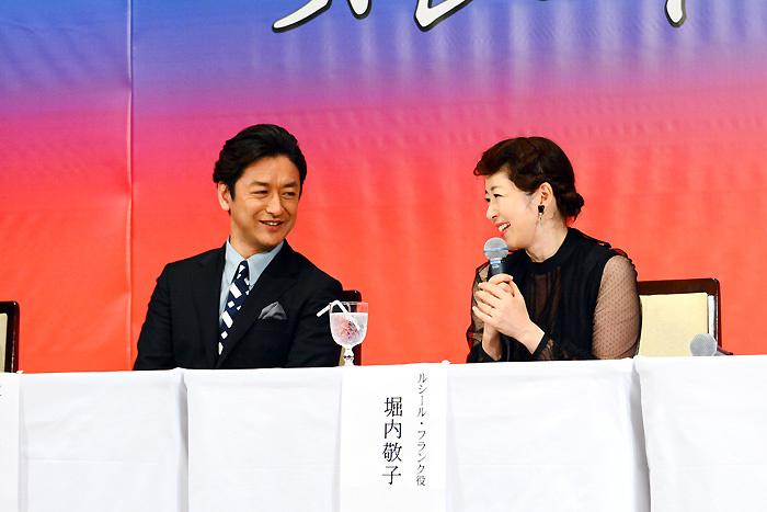 石丸幹二、堀内敬子~製作発表会見にて(写真撮影:塚田史香)