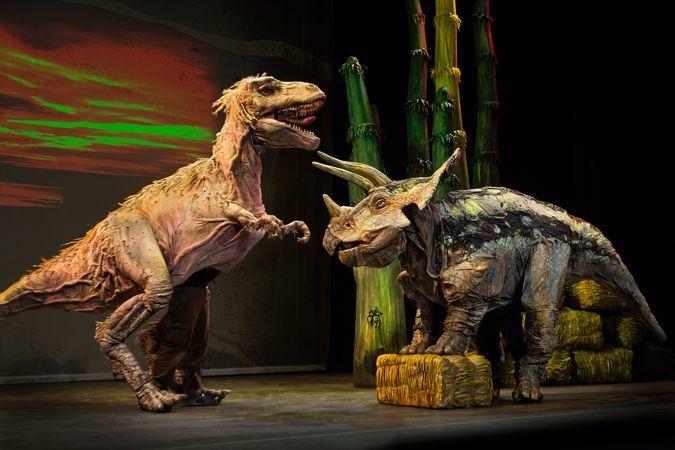 ティラノサウルス×トリケラトプス