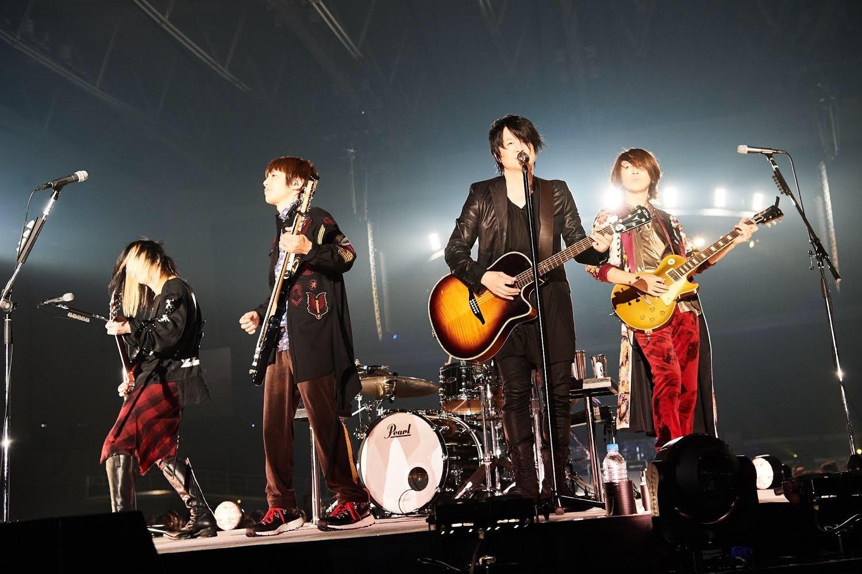 GLAY『GLAY ARENA TOUR 201... GLAY、大型アリーナツアー初日にシング