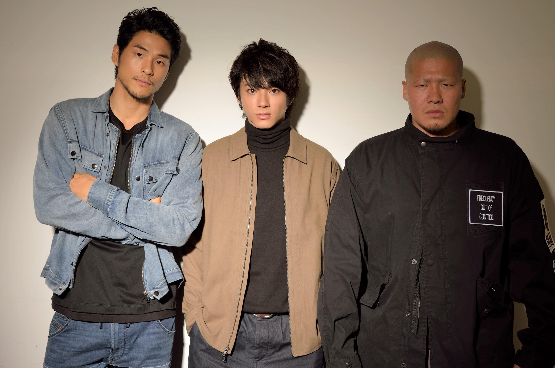 左から、鈴木貴之、山田裕貴、一ノ瀬ワタル
