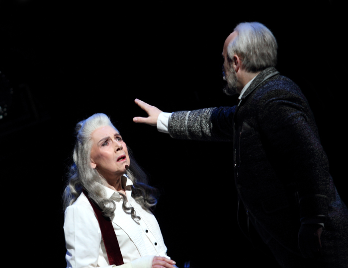Palmer as Countess and Stoyanov as Yeletsky (C) ROH 2018. Phtographed by Catherine Ashmore