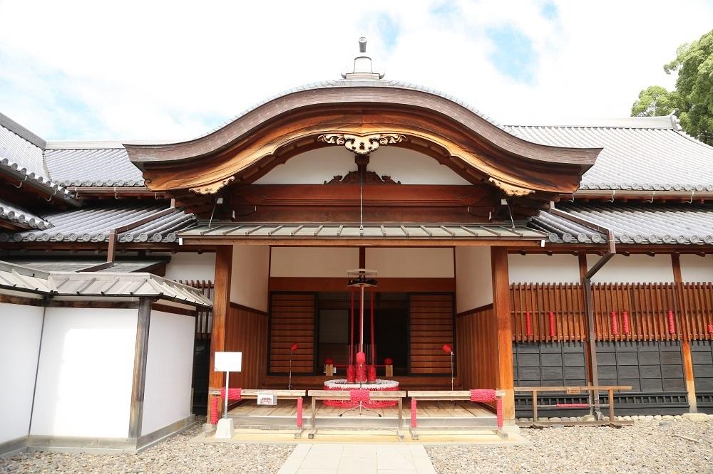 長崎市歴史文化博物館に降り立った自動編み機