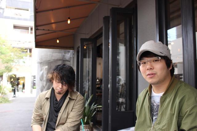 小山亮(左)・森隼人(右)