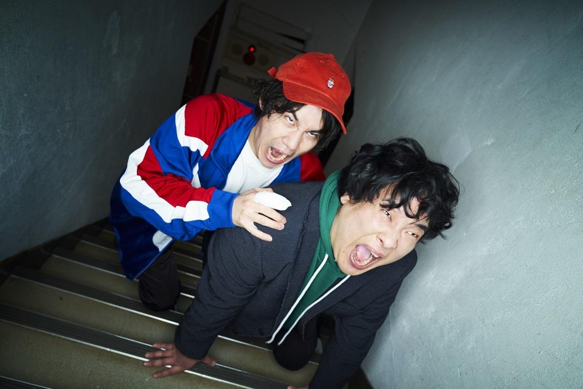 DJツキユビ with 主治医 Photo by 神藤剛