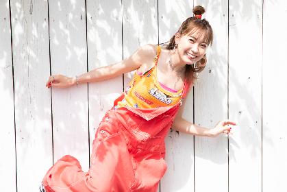 斉藤朱夏、ジャケ写公開 2ndミニアルバム『SUNFLOWER』は太陽のような笑顔が咲いたジャケットに