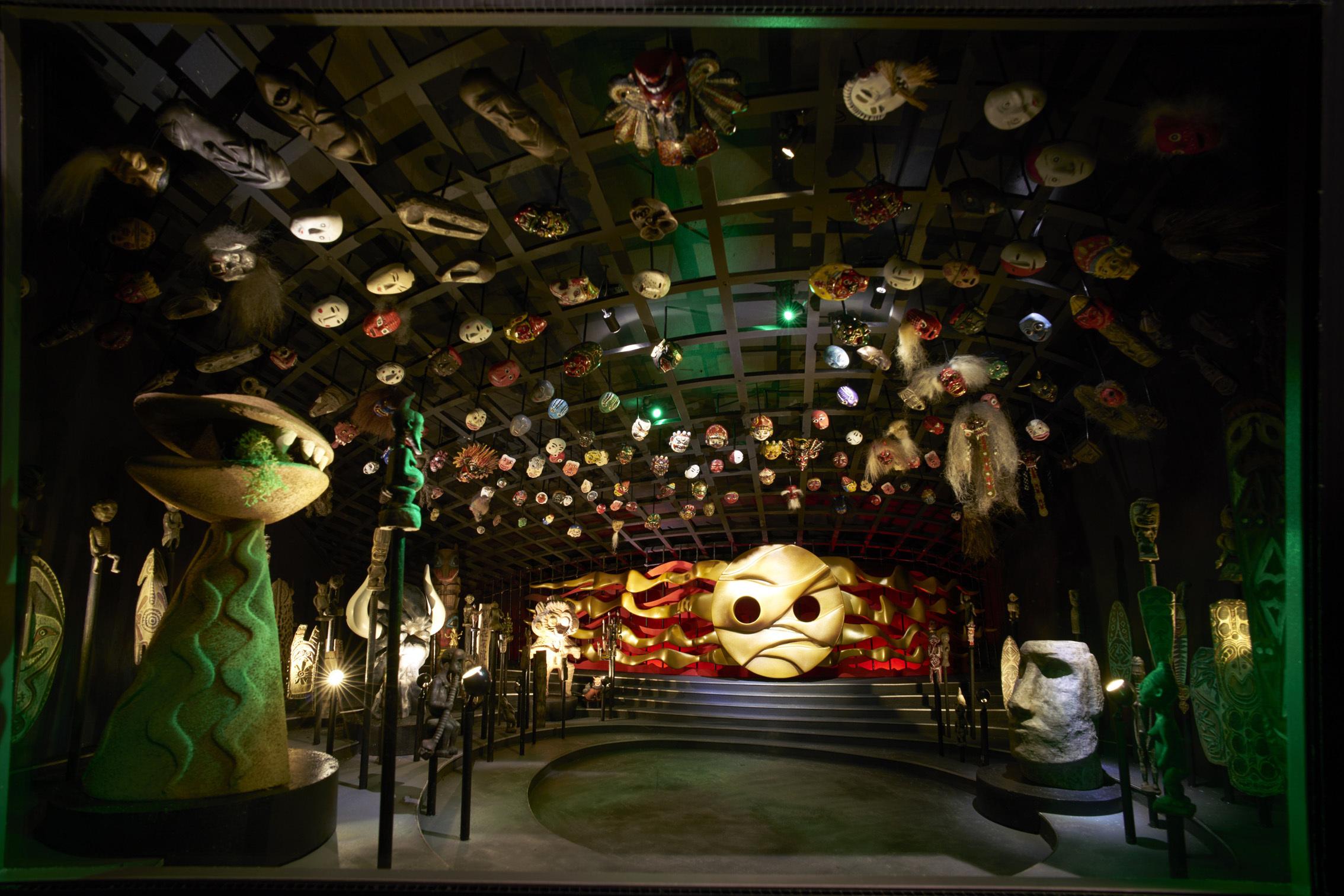 地下展示<いのり>ジオラマ 岡本太郎記念財団蔵