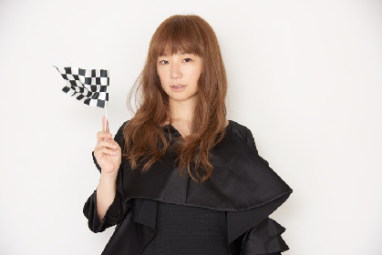YUKI、シングルコレクション&大阪城ホール公演のライブ映像作品を同時リリース決定