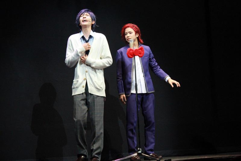 マイメロディが好きな水野祐(笹森裕貴/左)とクロミが好きな羽倉虎男(北乃颯希/右)