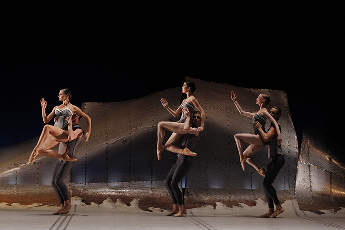 DGV(Artists of The Australian Ballet)  Photography Jeff Busby