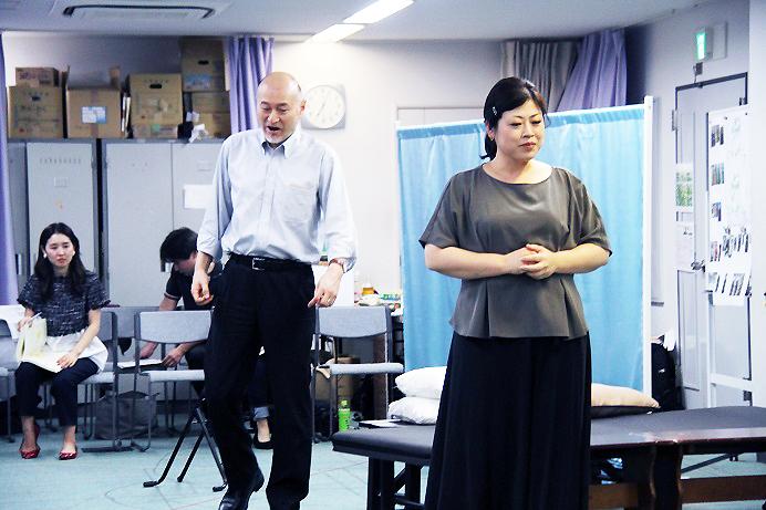 伯爵役 片桐直樹と伯爵夫人役 白石優子は、26日のキャスト (C)H.isojima