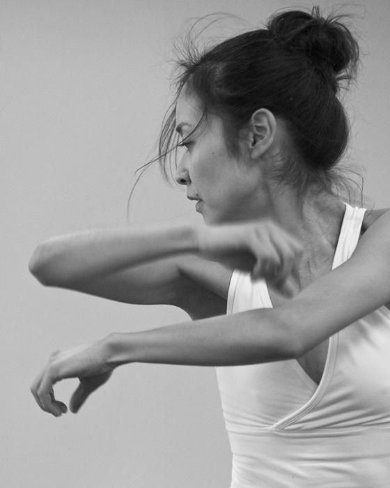 9/20に上演する、変わりゆく線 『四つのバラード』に出演する木田真理子。 ©John Hall