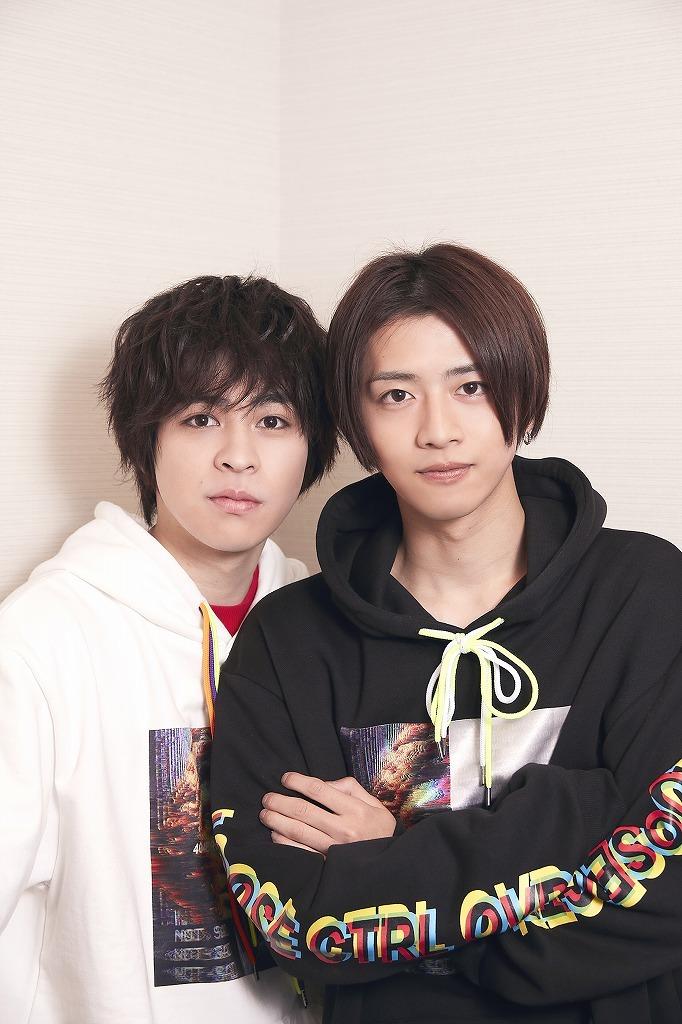 (左から)西銘駿、飯島寛騎