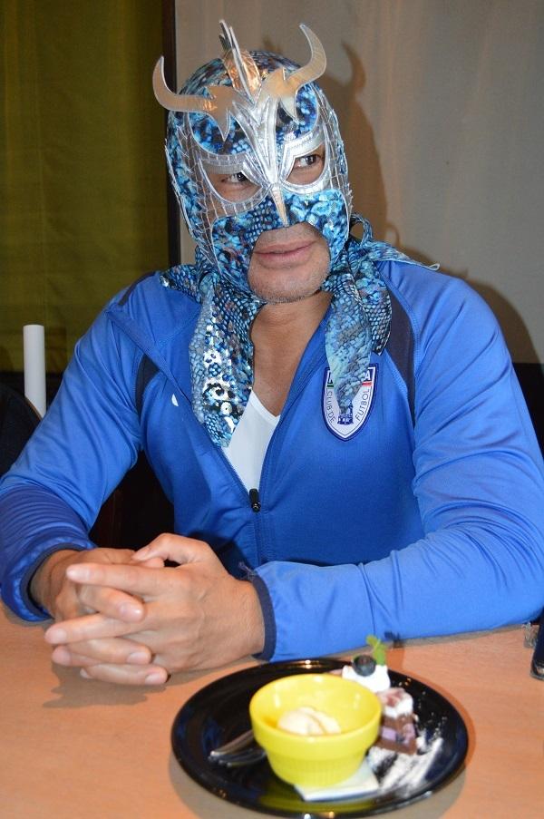 ウルティモ・ドラゴン選手