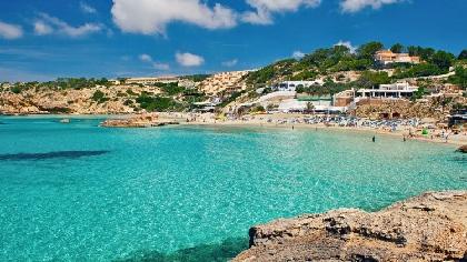イビサに行きたい♪ 憧れの島で夏気分を満喫できるEDMミュージックビデオ10選