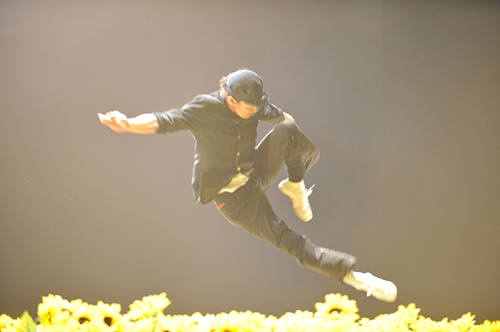 コンドルズ埼玉公演2014『ひまわり』(Photo HARU)