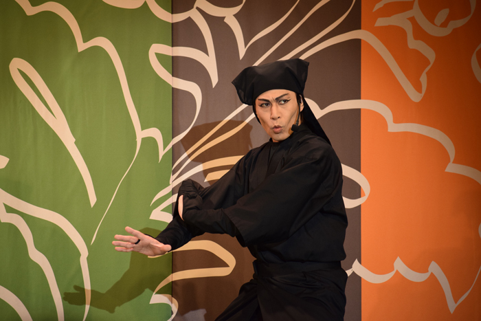 『KAWAII KABUKI ~ハローキティ一座の桃太郎~』 (撮影:於ありさ)