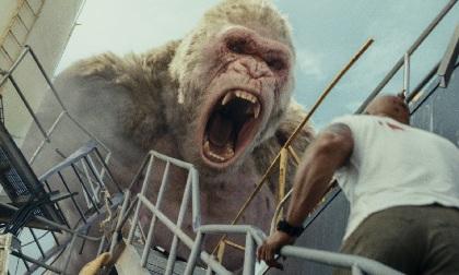 ゴリラへの愛が止まらない「彼はゴリラとして歩いて近づいてくるんだ。それはとても強烈」『ランペイジ 巨獣大乱闘』巨獣誕生秘話