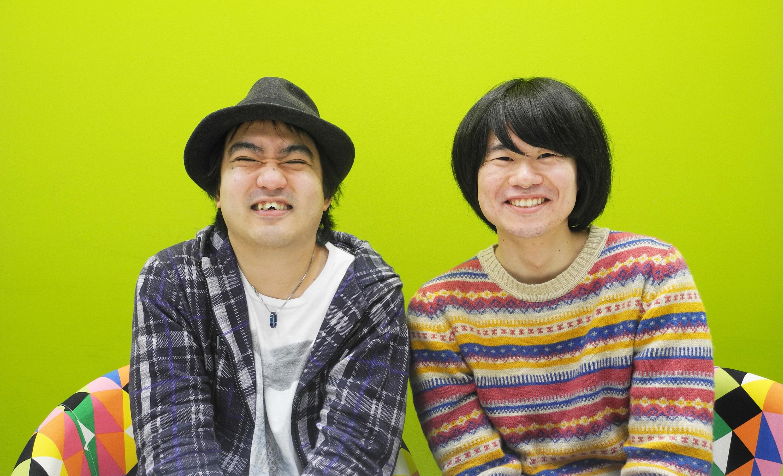 王子小劇場職員のモラル(写真左)と池亀三太(写真右) モラルは「犬と串」、池亀三太は「ぬいぐるみハンター」という劇団を主宰する演劇人でもある。