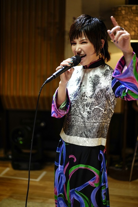 Superfly Photo : Hajime Kamiiisaka