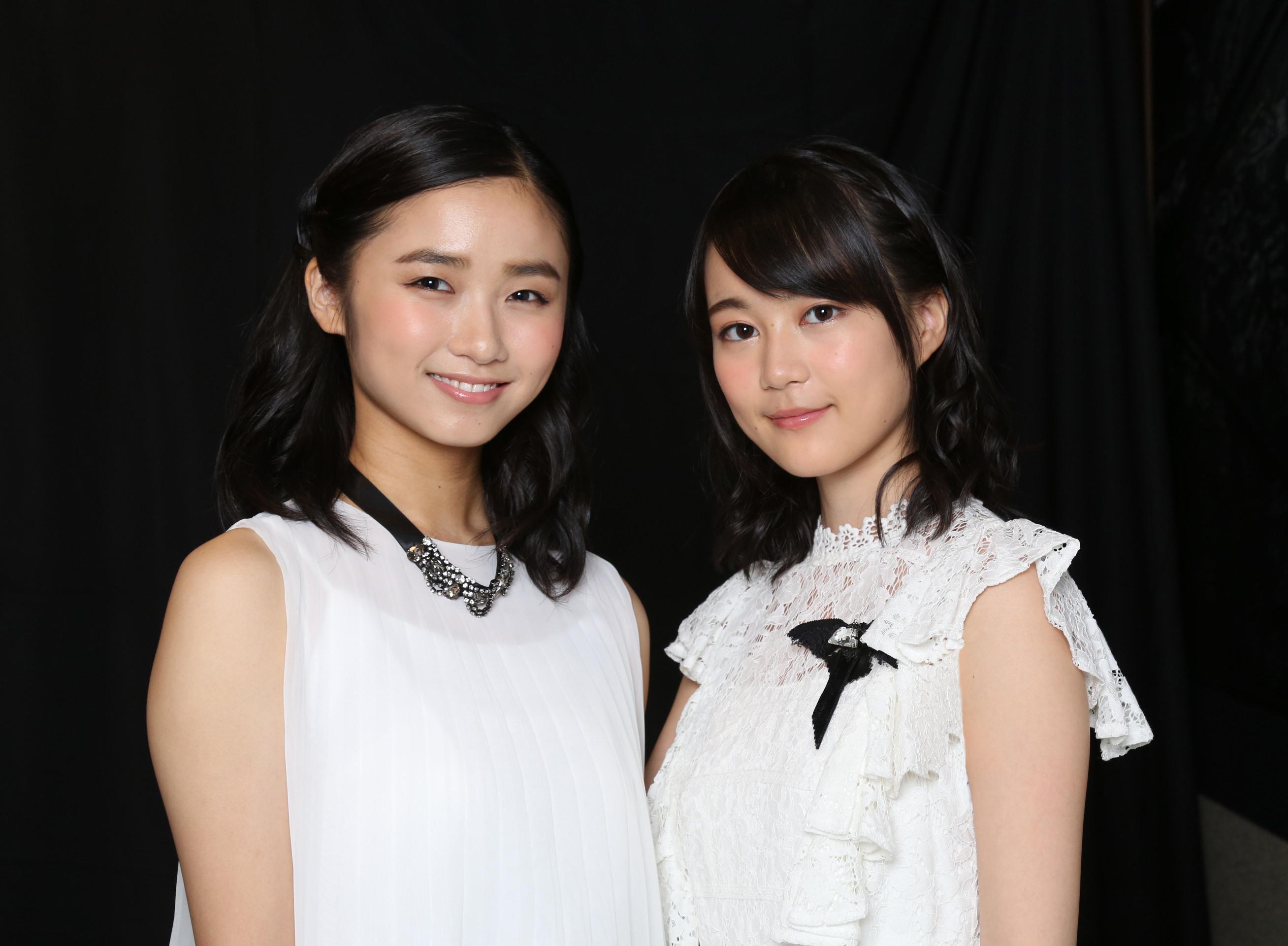 (左から)木下晴香、生田絵梨花