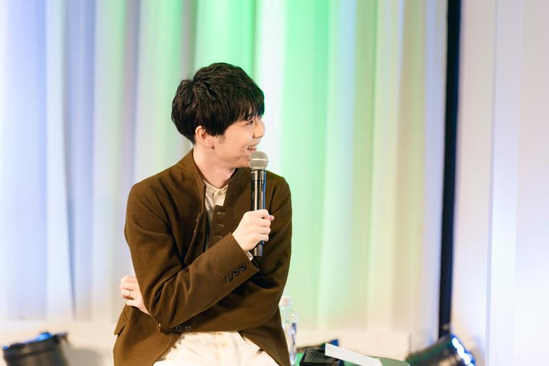 バック・アロウ役 梶裕貴