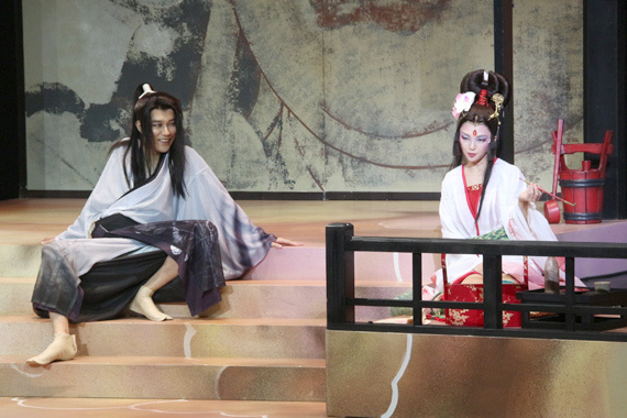 『髑髏城の七人 Season風』開幕 14 松山ケンイチ(左)と田中麗奈
