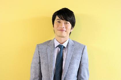 田中圭インタビュー「その瞬間瞬間で、嘘のない芝居をしたい」 舞台『サメと泳ぐ』