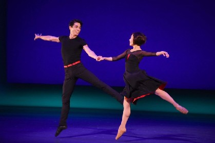 スタイリッシュなダンスで紡ぐ若者の恋と希望、劇団四季「パリのアメリカ人」開幕