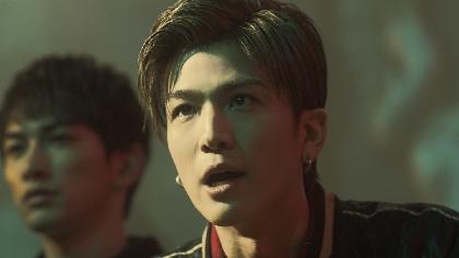 『HiGH&LOW』じゃない!AKIRA、岩田剛典ら出演のヤバい日清CM「舞踏審議篇」を公開 アクションはゼロレンジコンバット・匠馬敏郎