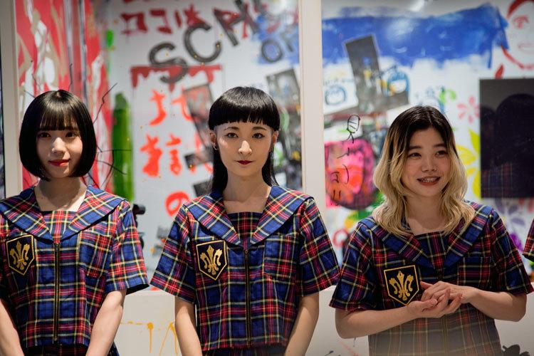 BiSH(左より:アユニ・D、リンリン、セントチヒロ・チッチ)