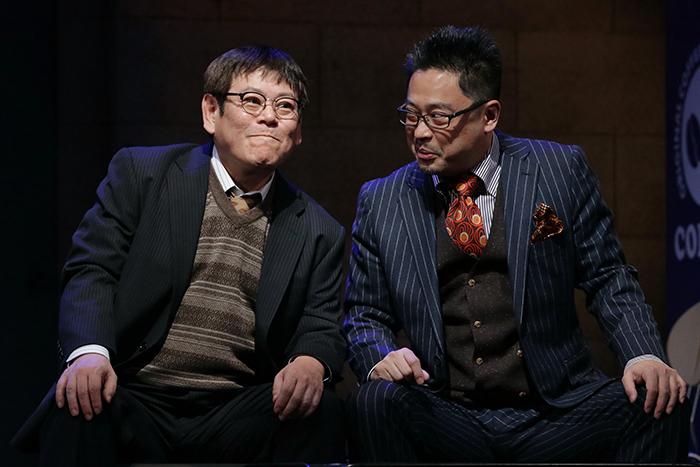 ラッパ屋『ユー・アー・ミー?』より おかやまはじめ、松村武 (撮影:木村洋一)