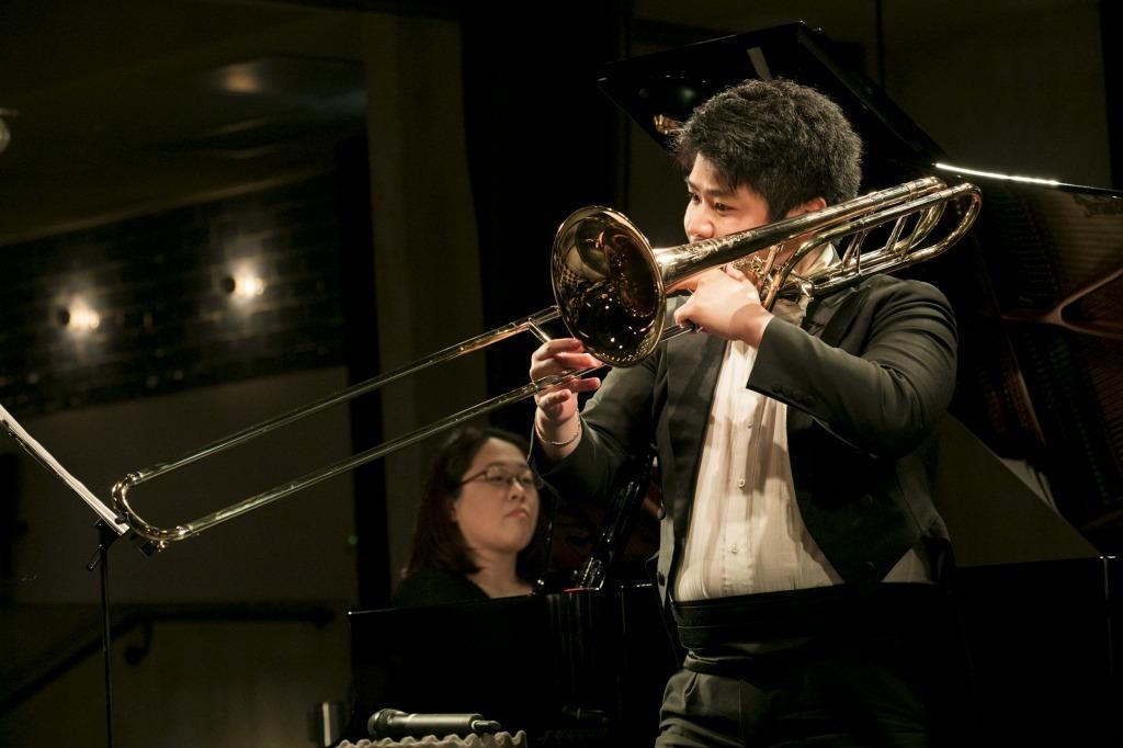 藤原功次郎(トロンボーン)&原田恭子(ピアノ)
