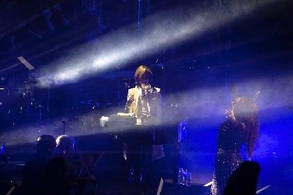 YOSHIKI サラ・ブライトマンのワールドツアー最終公演で観客を魅了