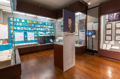 劇作家・別役実の幻の第一作を展示した早稲田大学演劇博物館が、オンライン企画で柄本明による朗読や平田オリザによる談話を配信