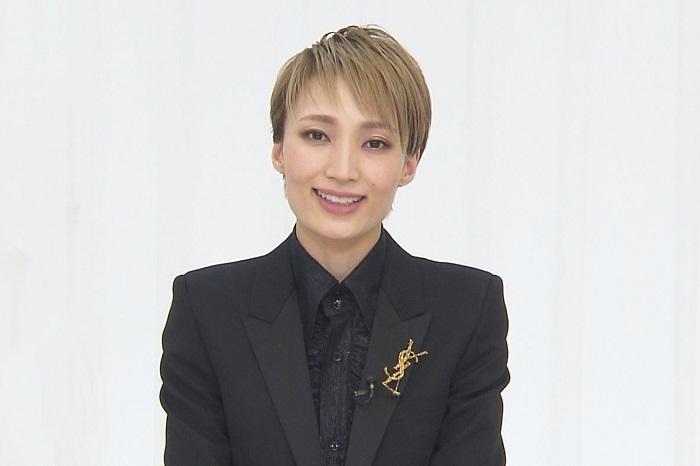 『望海風斗さよなら特別番組』 (C)宝塚歌劇団  (C)宝塚クリエイティブアーツ