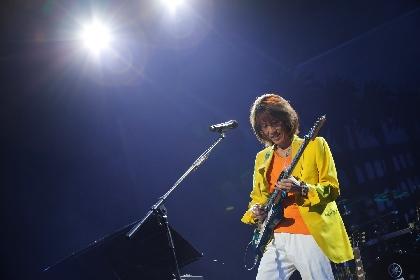 角松敏生、巧みなギターテクニック&歌唱で3時間にわたるパフォーマンス 全国ツアー初日は大盛況